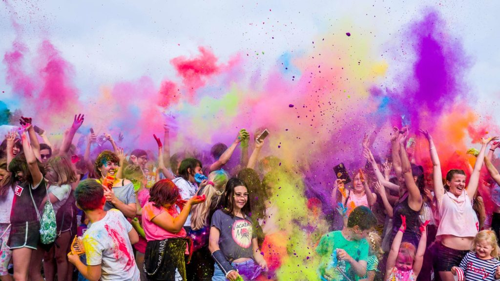 5 Best Places to Play Holi Festival In India